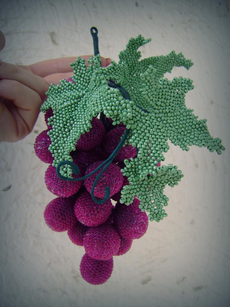 виноград из бисера фото