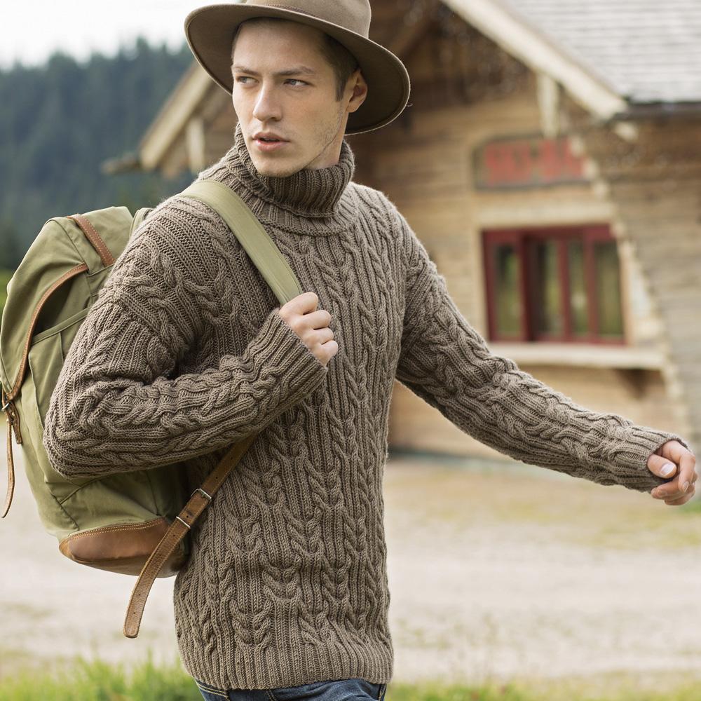 Мужской свитер с «косами»