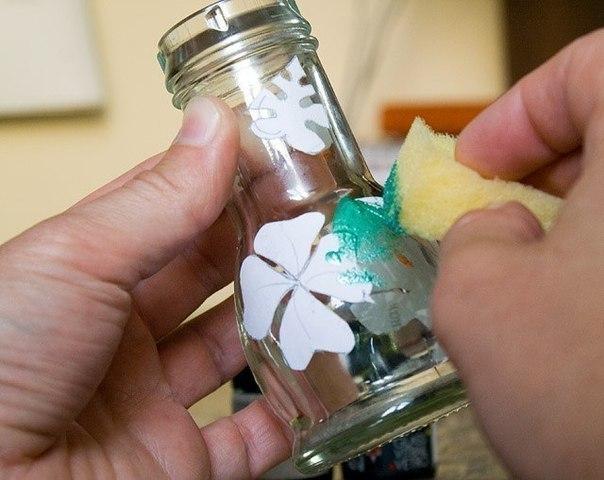 Как из стеклянной банки сделать вазу